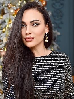 Anna Kiev 1197656