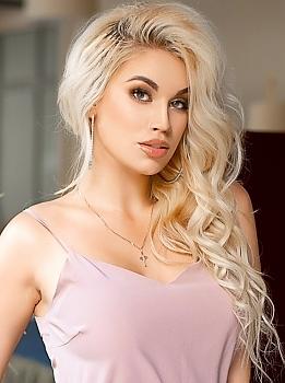 Elza Kharkov 872214