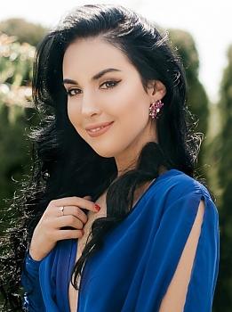 Yulia Volodymyr-Volynskyi 983466